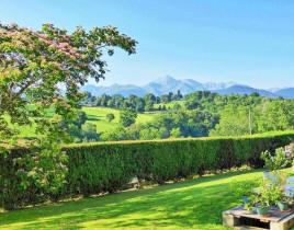 Вилла за 287 000 евро в Верхних Пиренеях, Франция