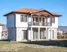 Поиск недвижимости за рубежом италия квартира у моря купить