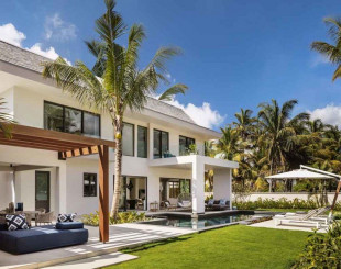 Villa for 2 172 000 euro in Centre de Flacq, Mauritius