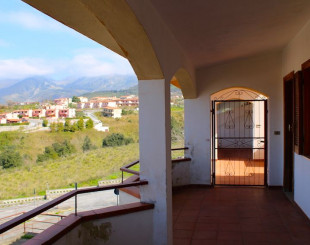 Apartment for 40 000 euro in Scalea, Italy