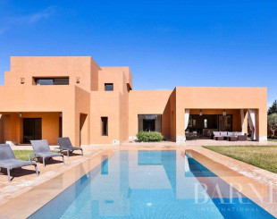 House for 900 000 euro in Marrakesh, Morocco