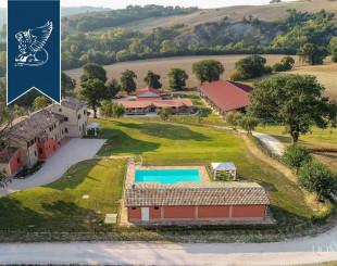 Farm for 3 500 000 euro in Pesaro, Italy