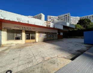Shop for 60 000 euro in Benidorm, Spain