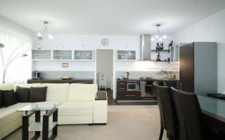 Продажа 1 комнатных квартир в таллинне купить дом за криптовалюту в Абу Даби Huwaylat