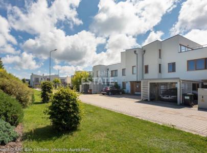Стоимость жилья в риге купить квартиру в дубай джумейра
