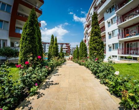 Стоимость однокомнатной квартиры в болгарии показать дубай на карте мира