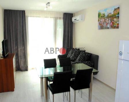 Болгария снять квартиру на месяц дома в швейцарии купить недорого