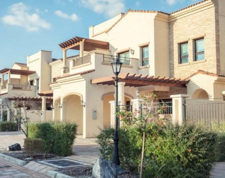 купить дом в Абу Даби Адхен