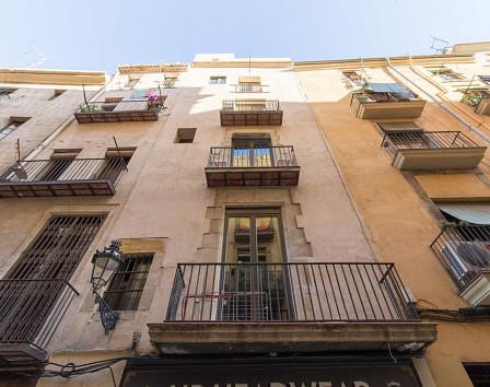 Доходный дом в испании дубай город