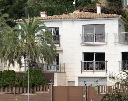 3 комнатные дома на коста брава аренда вилл на канарах
