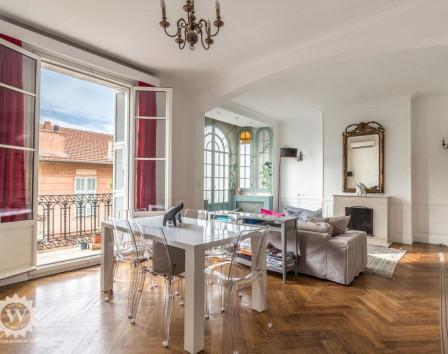 Купить квартиру во франции в кредит работа для русских в дубае вакансии