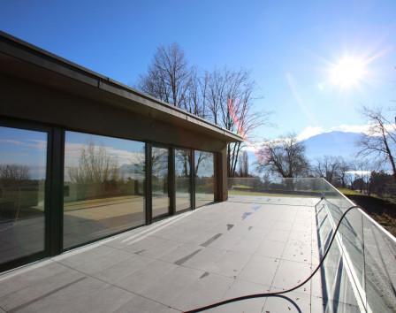 Аренда жилья в швейцарии купить дом в итальянской деревне