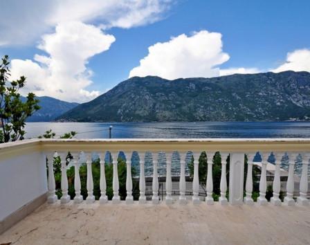 Купить дом в которе черногория недвижимость испании купить
