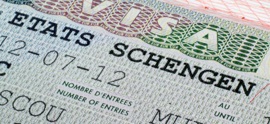 Больше всего шенгенских виз получают россияне