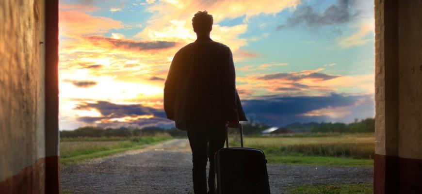 Каждый пятый россиянин мечтает уехать за границу