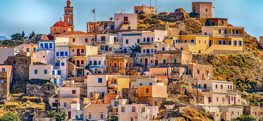 Греческие власти начали активнее бороться с незаконной арендой