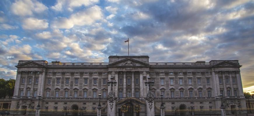 Британская королева ищет управляющего Букингемским дворцом