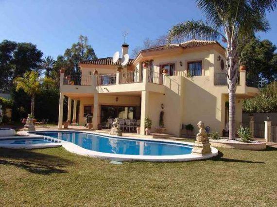 Купить дом в эстепоне испания