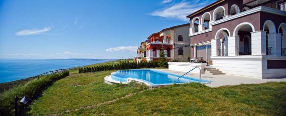 Дом у моря где купить