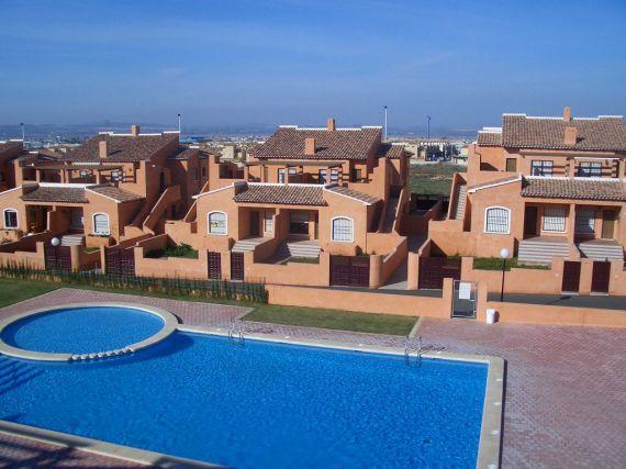 Испания цена на недвижимость 2016