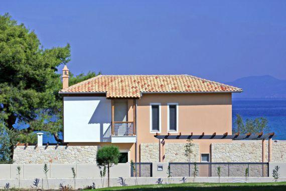 Недвижимость испании и греции