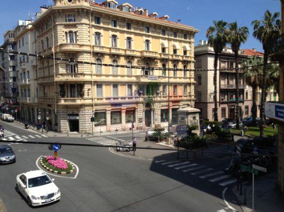 недвижимость в италии сан ремо компания Glissade Франции