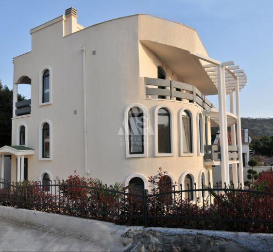 Аренда апартаментов в Утеха на берегу моря