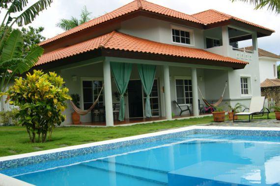 300 sq m house by the sea Savona