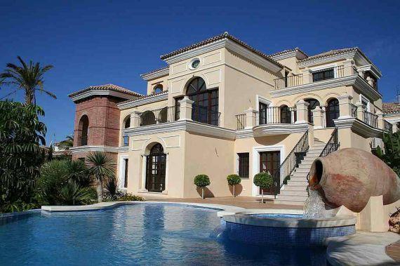 дома и виллы в испании фото