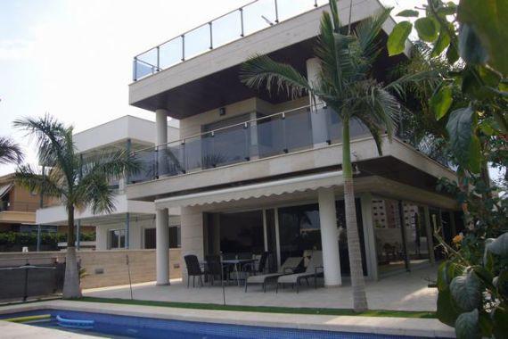 Аутлеты в аликанте испания недвижимость