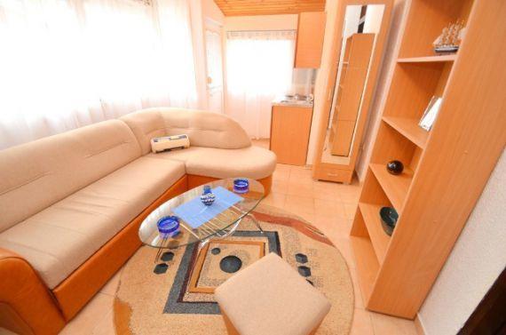 Квартира в Будве, Черногория, 60.77 м2 - фото 1