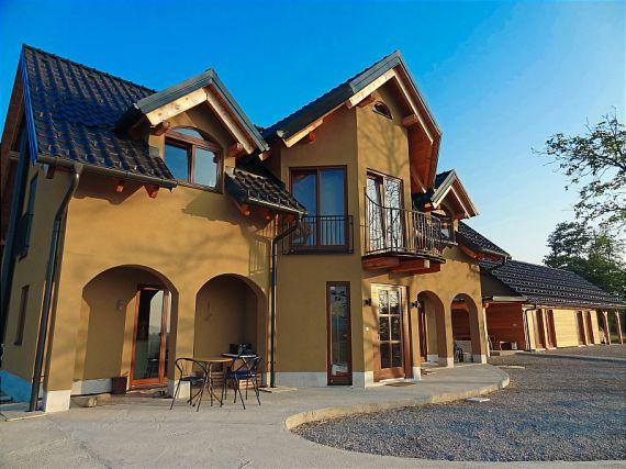 Вилла в Брежице, Словения, 28510 м2 - фото 1