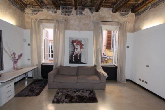Апартаменты у озера Комо, Италия, 200 м2 - фото 1