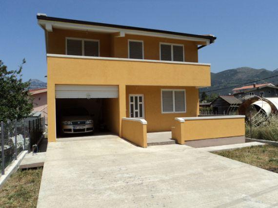 Дом в Баре, Черногория, 255 м2 - фото 1