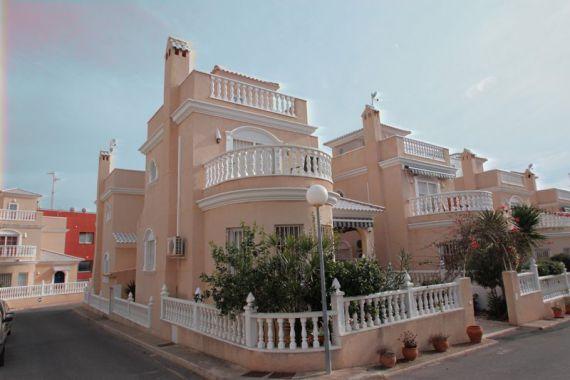 Дом в Торревьехе, Испания, 180 м2 - фото 1