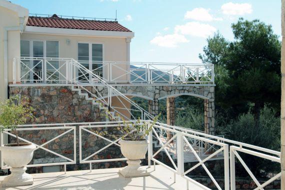 Вилла в Бигово, Черногория, 143 м2 - фото 1