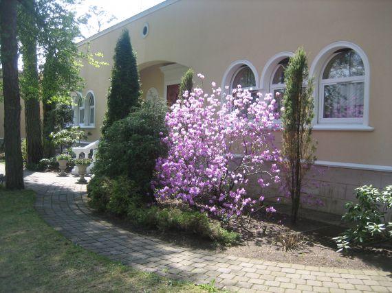 Особняк в Юрмале, Латвия, 3650 м2 - фото 1