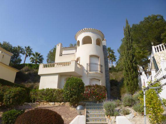 Дом в Ориуэла Коста, Испания, 450 м2 - фото 1