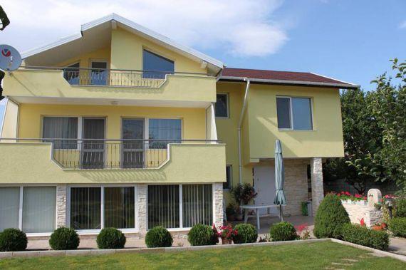Дом в Варне, Болгария, 240 м2 - фото 1