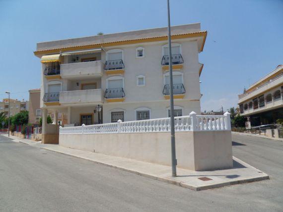Квартира в Сан-Мигель де Салинас, Испания, 74 м2 - фото 1