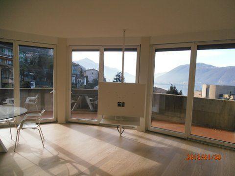 Апартаменты в Кампионе-д'Италия, Италия, 75 м2 - фото 1