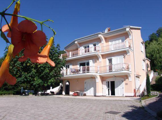 Дом в Опатии, Хорватия, 1374 м2 - фото 1