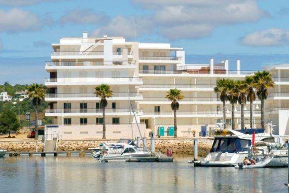 Апартаменты в Лагуше, Португалия, 133.8 м2 - фото 1