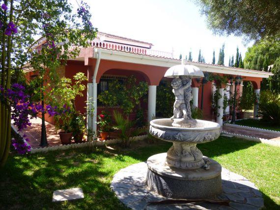 Вилла в Торревьехе, Испания, 270 м2 - фото 1