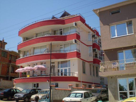 Отель, гостиница в Обзоре, Болгария, 1222 м2 - фото 1