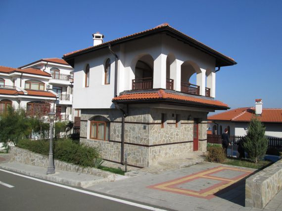 Дом в Ахелое, Болгария, 300 м2 - фото 1