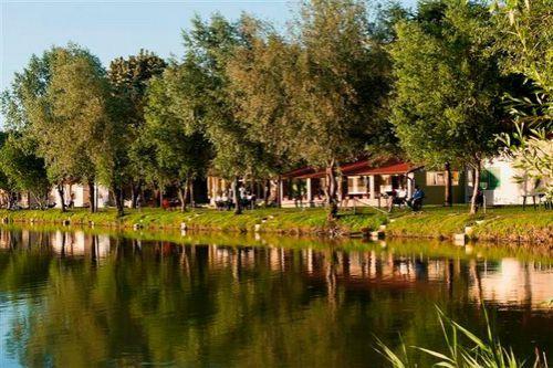 Коммерческая недвижимость Войводина, Сербия, 65000 м2 - фото 2