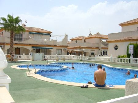 Дом в Ориуэла Коста, Испания, 100 м2 - фото 1