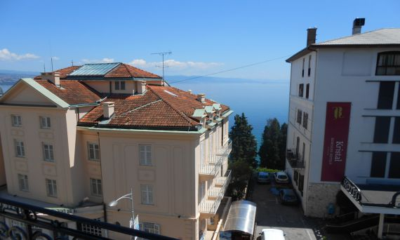 Апартаменты в Опатии, Хорватия, 80 м2 - фото 1