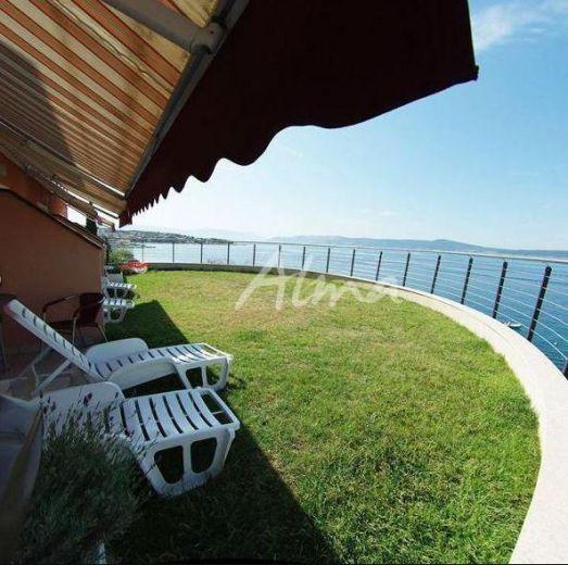 Отель, гостиница в Цриквенице, Хорватия, 5500 м2 - фото 1